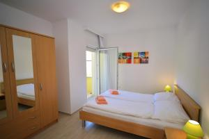 Apartments Mrkonja