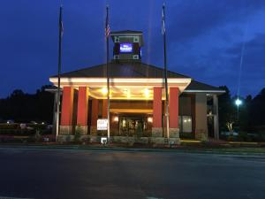 Baymont Inn & Suites Rocky Mount I-95