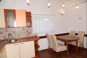 San Lorenzo Apartments, Penziony  Lovrečica - big - 9