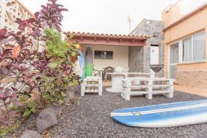 obrázek - SIT Surf Camp