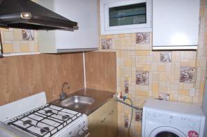 Apartment on Druzhby 31, Апартаменты  Кольчугино - big - 5