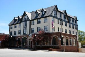 The Samuel Elbert Hotel and Conference Center