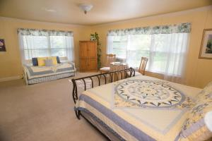 Willow Pond Bed and Breakfast, Panziók  Grand Junction - big - 5