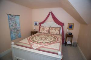 Willow Pond Bed and Breakfast, Panziók  Grand Junction - big - 9