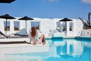 Остров Парос - Mr. and Mrs. White Paros - Small Luxury Hotels of the World