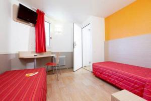 Première Classe Lyon Sud Vienne - Hotel