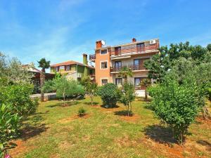Apartments Mile 1249, Apartments  Fažana - big - 98