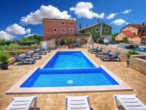 Apartments Mile 1249, Apartments  Fažana - big - 106