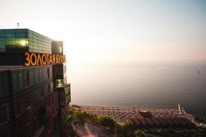 Апарт-отель Золотая Бухта Премиум
