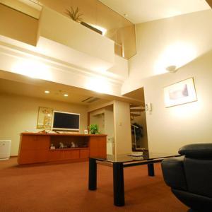 新上牧温泉酒店 image
