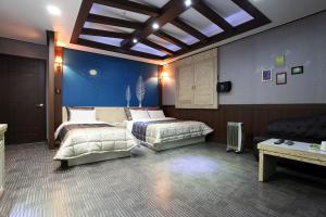 Picasso Motel