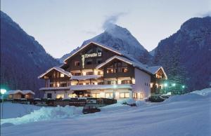 Hotel Tyrolia