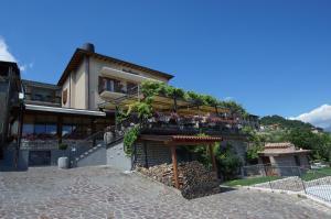 Appartamenti Al Terrazzo - Apartment - Tignale