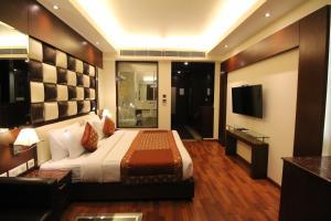 Hotel Golden Grand, Отели  Нью-Дели - big - 21
