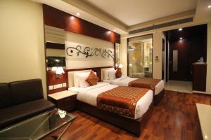 Hotel Golden Grand, Отели  Нью-Дели - big - 22