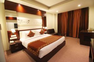 Hotel Golden Grand, Отели  Нью-Дели - big - 25