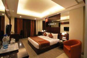 Hotel Golden Grand, Отели  Нью-Дели - big - 27