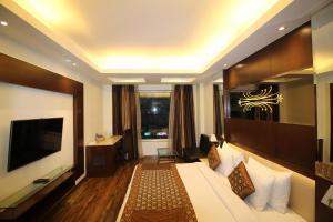 Hotel Golden Grand, Отели  Нью-Дели - big - 29