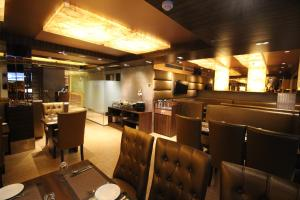 Hotel Golden Grand, Отели  Нью-Дели - big - 60