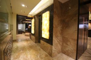 Hotel Golden Grand, Отели  Нью-Дели - big - 61