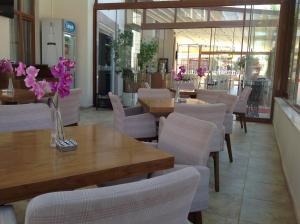 Mood Beach Hotel, Hotely  Didim - big - 77