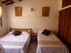 Casa Amplia, Bed & Breakfasts  Santa Marta - big - 3