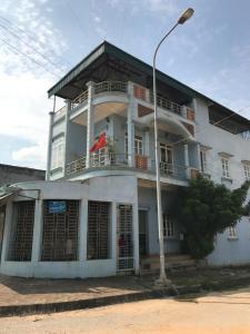 Jun's house
