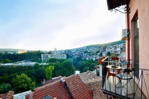 Apartament Panoramna Terasa, Appartamenti  Veliko Tŭrnovo - big - 3