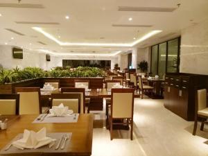 Adamo Hotel, Отели  Дананг - big - 62