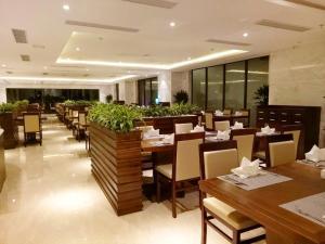 Adamo Hotel, Отели  Дананг - big - 60