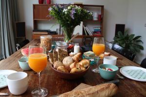 B&B Baudelo, Bed & Breakfasts  Gent - big - 26