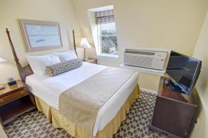 Wyndham Bay Voyage Inn