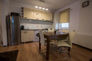 Boson Rent Apartament Sibiu, Apartmány  Sibiu - big - 7