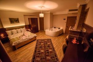 Hill River Hotel, Hotel  Agva - big - 15