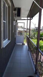 Гостевой дом на Апсны 19 - фото 1