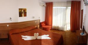 Family Hotel Vega, Отели  Святые Константин и Елена - big - 5