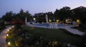 Family Hotel Vega, Отели  Святые Константин и Елена - big - 27