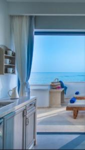 Pyrgos Blue, Aparthotels  Malia - big - 13