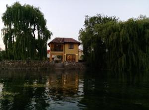 River House Buna - фото 16