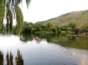 River House Buna - фото 15