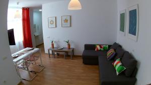 Mitjana Plaza, Appartamenti  Málaga - big - 37