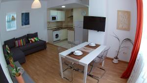 Mitjana Plaza, Appartamenti  Málaga - big - 39