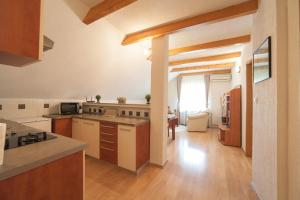 Guest House Bruna, Affittacamere  Drežnik Grad - big - 6