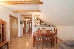 Guest House Bruna, Affittacamere  Drežnik Grad - big - 8