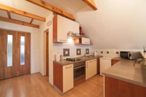 Guest House Bruna, Affittacamere  Drežnik Grad - big - 13