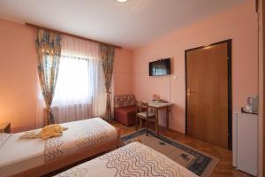 Guest House Bruna, Affittacamere  Drežnik Grad - big - 30