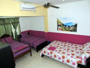 Turispanish Hostel, Pensionen  Santa Marta - big - 9