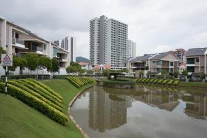 Zan Pavillon Spacious & Natural Stay, Apartmanok  Bayan Lepas - big - 17
