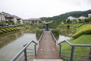 Zan Pavillon Spacious & Natural Stay, Apartmanok  Bayan Lepas - big - 16