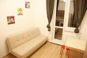 Apartment on 9 Maya 4a